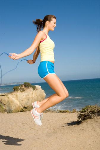 Tác dụng của nhảy dây giảm mỡ bụng