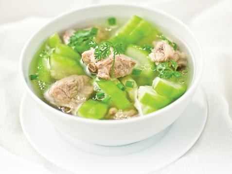Thực đơn ăn kiêng giảm mỡ bụng hiệu quả với món canh bí đao nấu thịt nạc