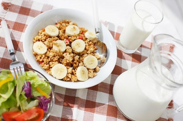 Sáng nên ăn gì cho người muốn giảm cân? 1