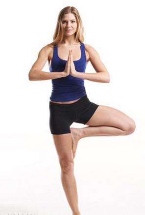 Ngỡ ngàng với 4 bài tập đơn giản cho eo nhỏ chân thon 3
