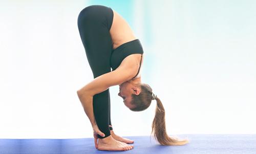 Bài tập yoga giảm mỡ bụng tại nhà cho thân hình đẹp mỹ mãn 1
