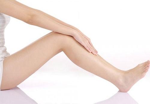 Hút mỡ bắp chân có nguy hiểm không? 1