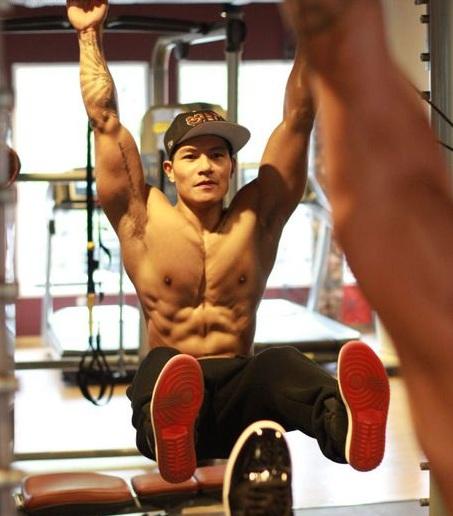 Tổng hợp các bài tập gym giảm mỡ bụng cho nam giới hiệu quả1