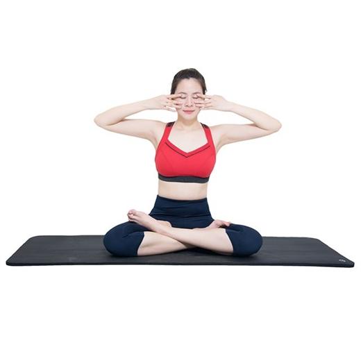 Giảm mỡ mông tại nhà bằng bài tập Yoga